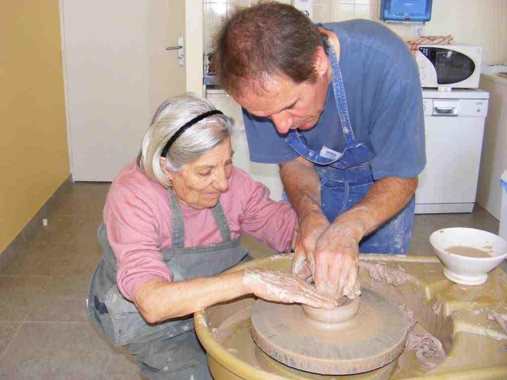 Comment faire de la poterie à la maison sans tour ?