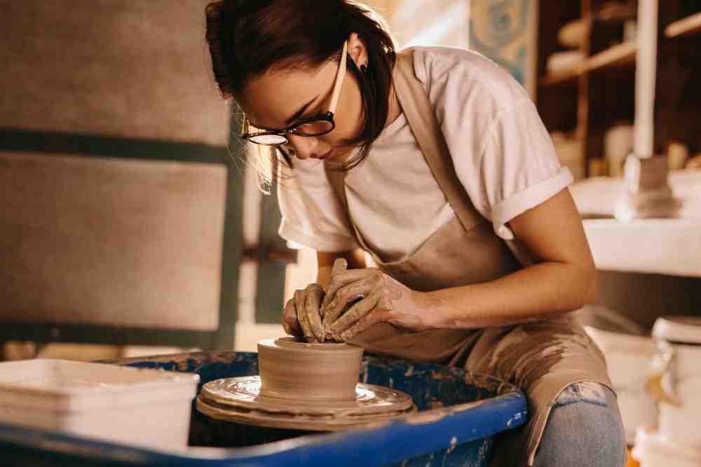 Quelle terre utiliser pour faire de la poterie ?
